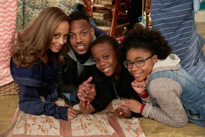 Марлон Уэйанс с семьей