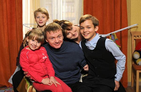 Владимир Сычев с семьей