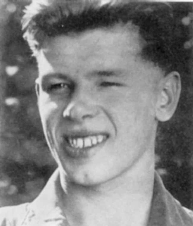 Георгий Жженов в молодости