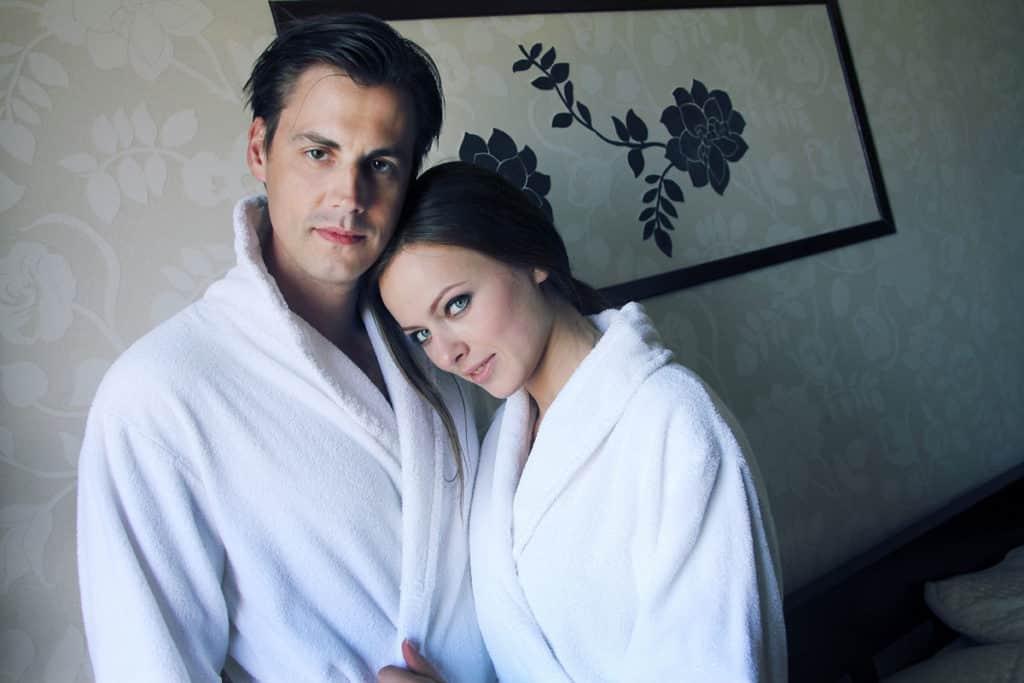 Артем Карасев с женой