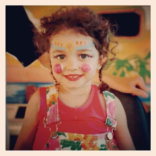 Сара Хайленд в детстве
