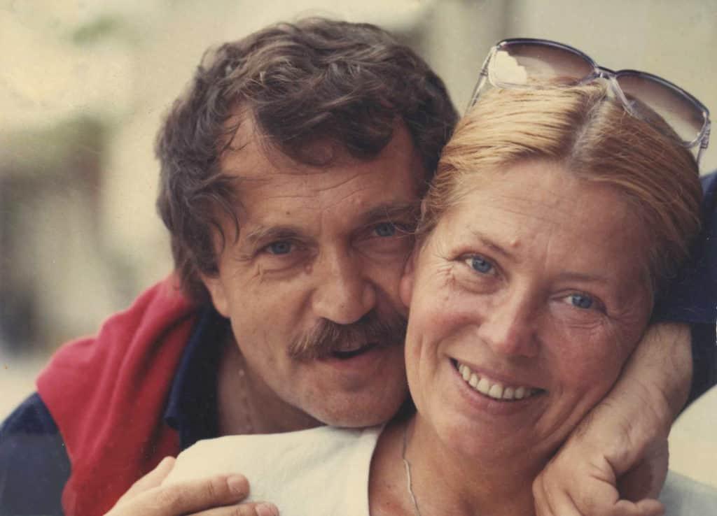 Василий Аксенов с женой