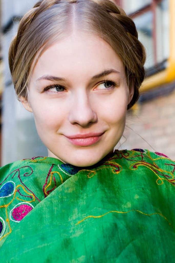 ЕленаАросьева в юности