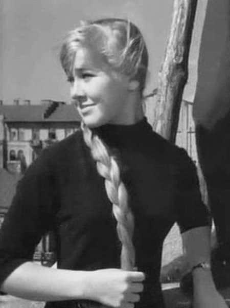 Светлана Савелова в юности