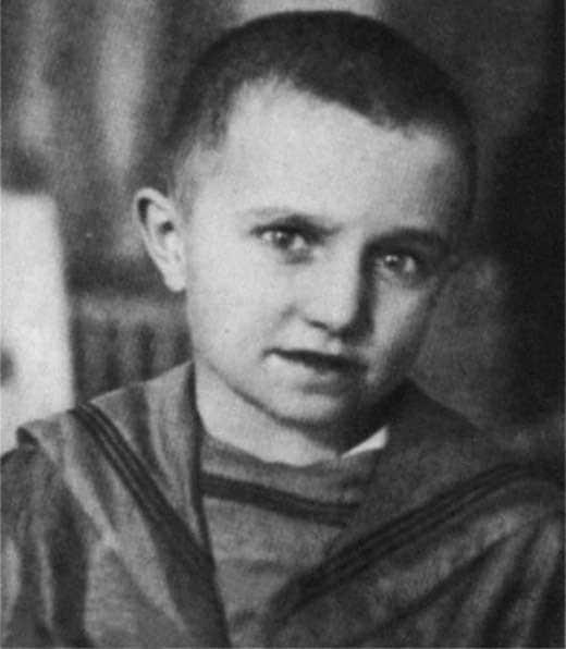 Аксенов в детстве