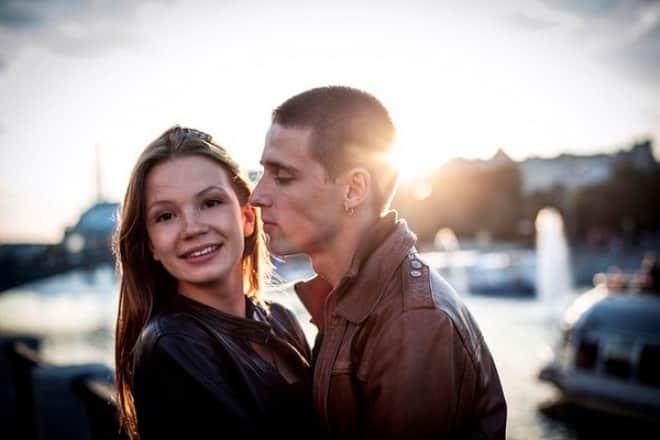 Алексей Веселкин с девушкой