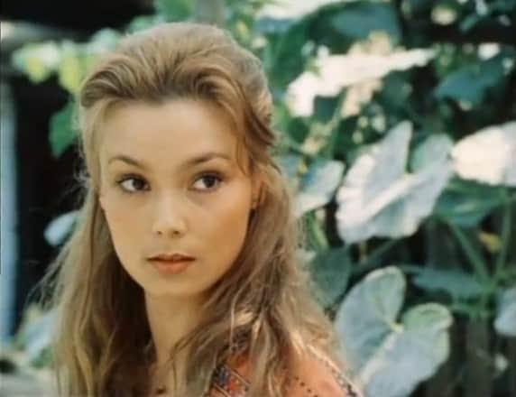 Лариса Белогурова в юности