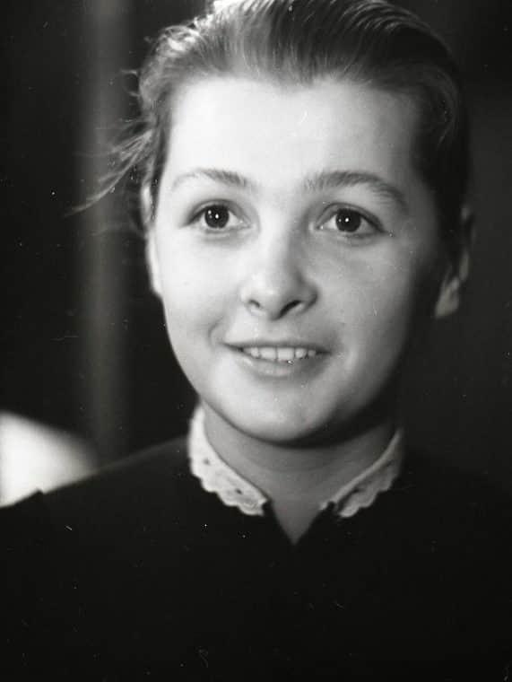 Ольга Бган в детстве
