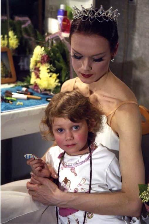 Ульяна Лопаткина с дочкой