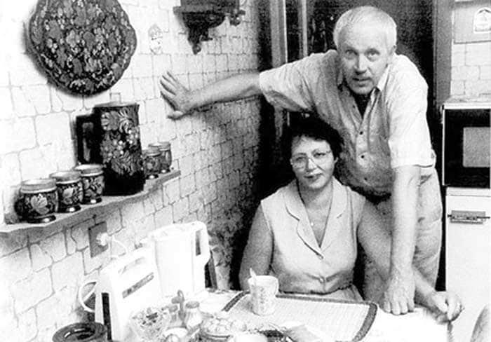 Владлен Бирюков с женой