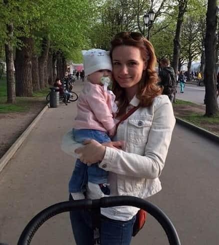 Кристина Бродская с ребенком