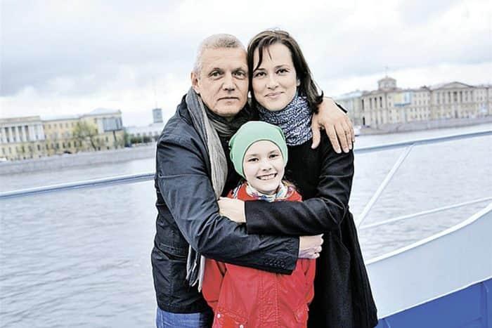 Александр Галибин с семьей