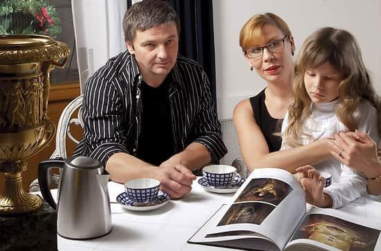 Дарья Юргенс с мужем и дочкой