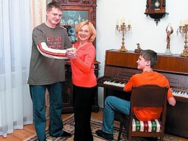 Марина Яковлева с сыновьями