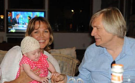 Олег Видов с семьей