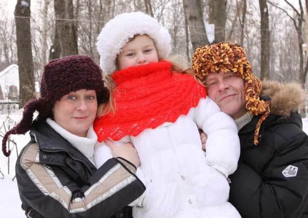 Мария Аронова с мужем и ребенком