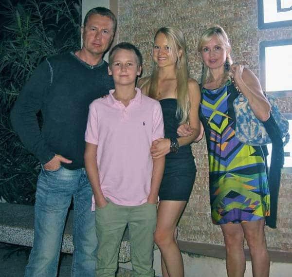 Олег Штефанко с семьей