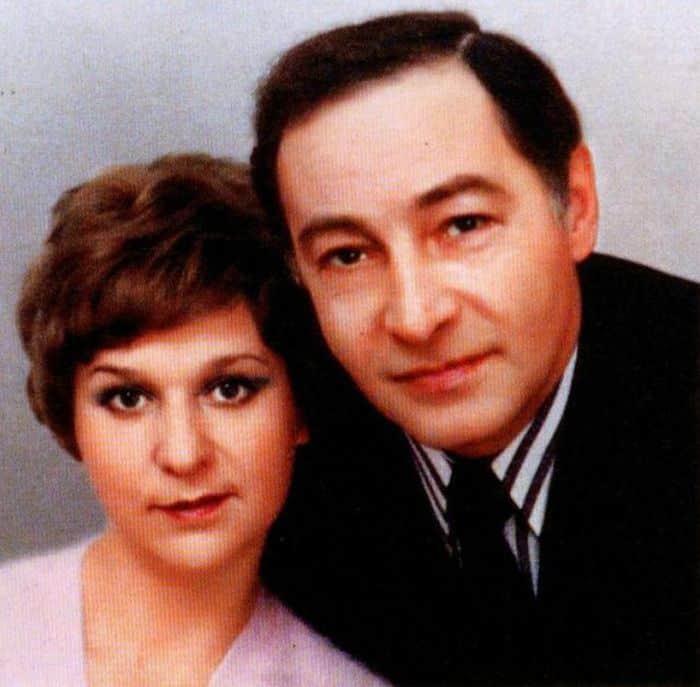 Вячеслав Тихонов с женой