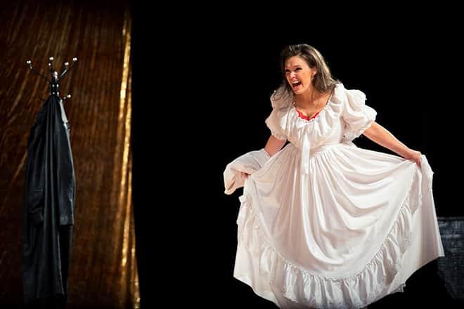 Марина Могилевская в театре