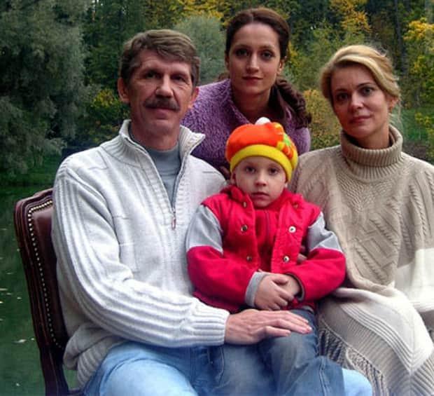 Сергей Баталов с семьей