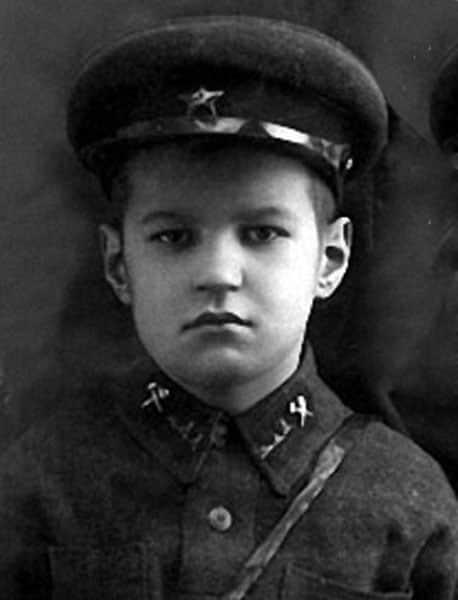 Георгий Бурков в детстве