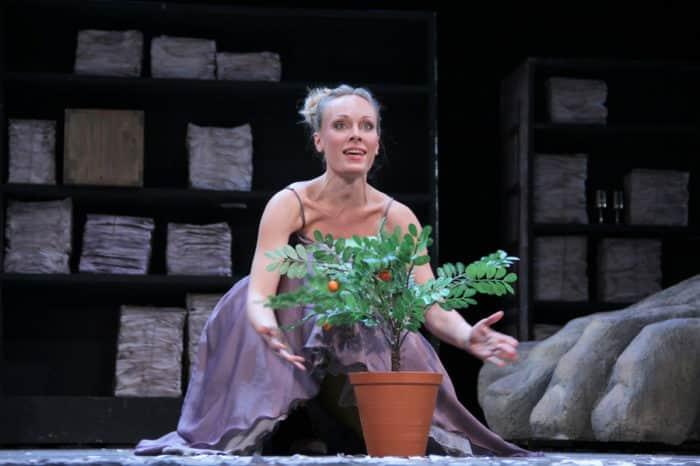 Ольга Ломоносова в театре