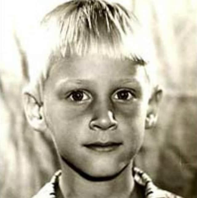 Дмитрий Харатьян в детстве