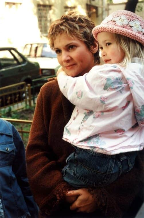 Людмила Артемьева с дочкой