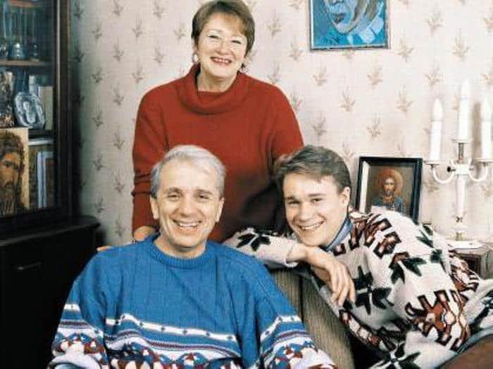 Евгений Стеблов с семьей