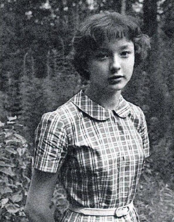 Анастасия Вертинская в детстве