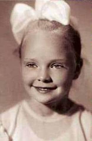 Наталья Белохвостикова в детстве