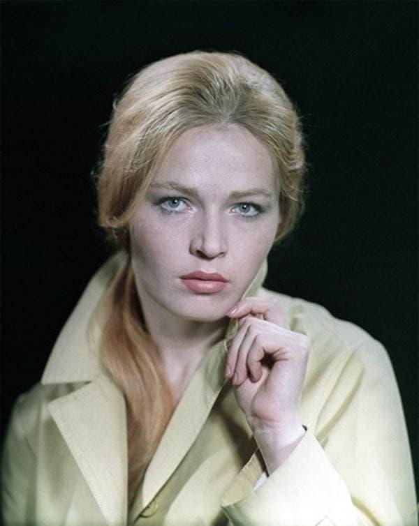 Людмила Чурсина в молодости