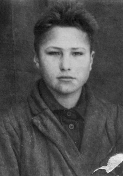 Василий Шукшин в детстве