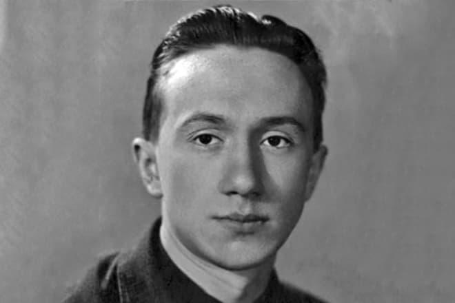 Алексей Смирнов в молодости