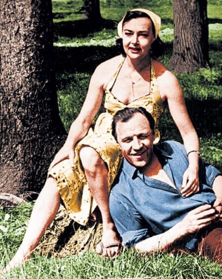 Михаил Ульянов с женой