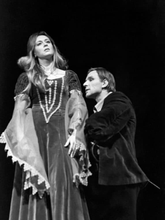 Маргарита Терехова в театре