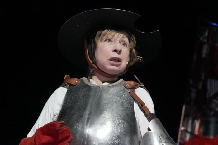 Лия Ахеджакова в театре