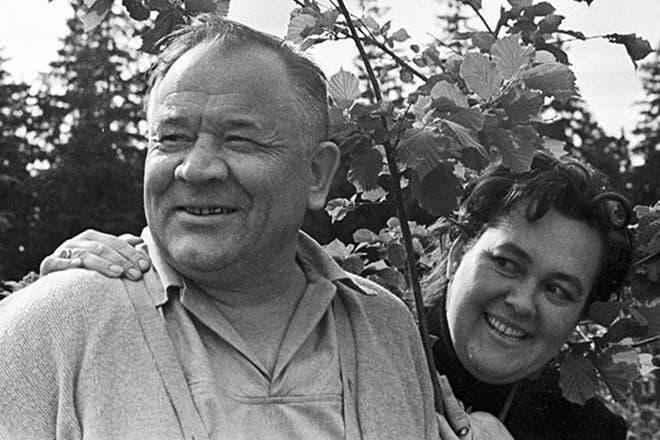 Борис Андреев с женой