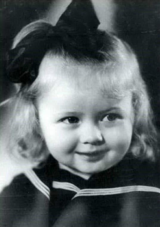Наталья Гундарева в детстве