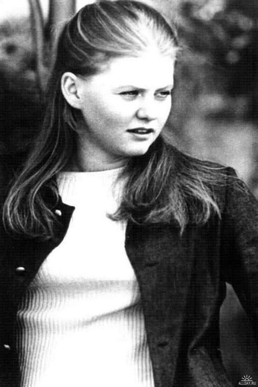 Ирина Муравьева в детстве