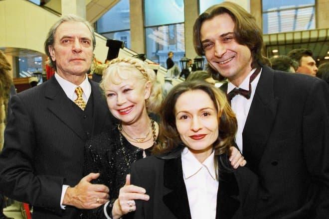 Александр Лазарев старший с женой и сыном Александром Лазоревым младшим