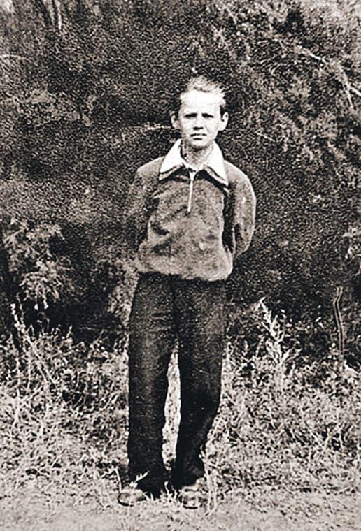 Олег Табаков в детстве
