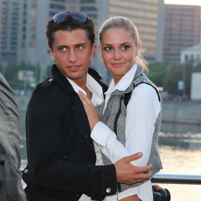 Павел Прилучный с женой Агатой Муцениеце