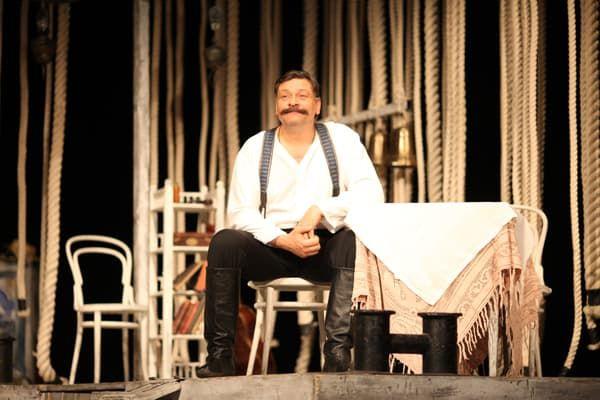 Дмитрий Назаров в театре