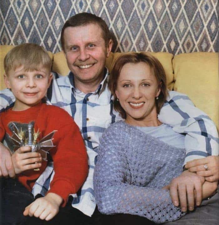 Елена Яковлева с мужем и сыном