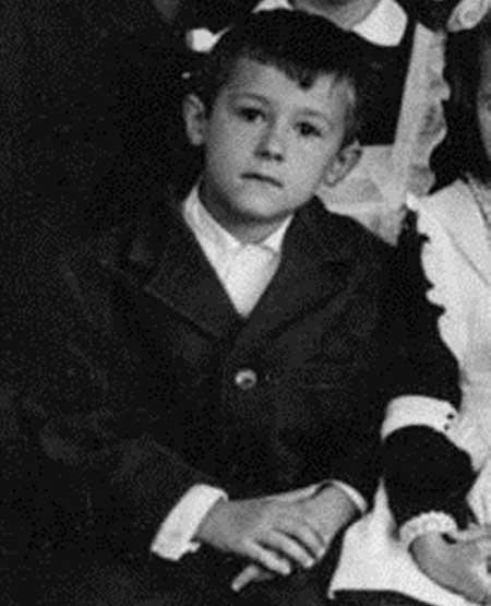 Олег Меньшиков в детстве