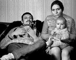 Андрей Тарковский с Ларисой Кизиловой и сыном Андреем