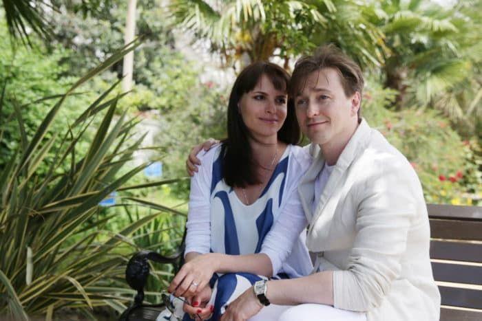 Сергей Безруков с женой Анной Матисон
