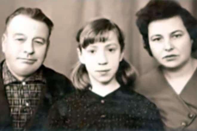 Галина Петрова в детстве