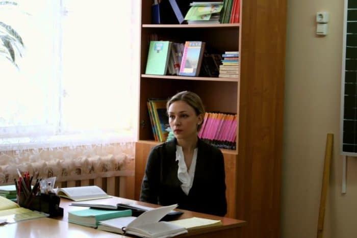 Ирина Таранник в фильме «Сельский учитель»